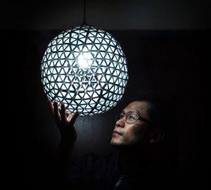 lampara con cajas tetrapack paso5